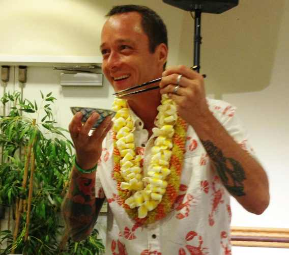 Ed Kenney demonstrating his tamago kake gohan technique.
